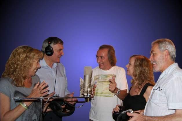 MARFIL Beatriz Montero, Francisco Díaz, Josep Llobell (Productor), Maria Betriu y Manolo Rus, disfrutando en Audio-Lines, Estudios.